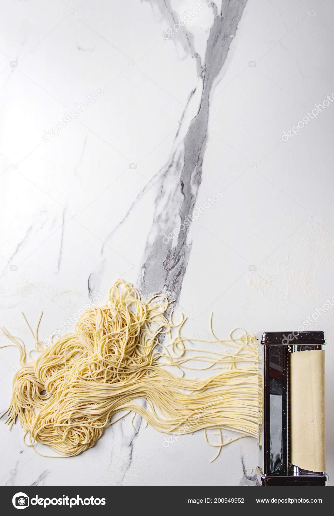 Rolled Dough Homemade Italian Uncooked Pasta Spaghetti Pasta Machine