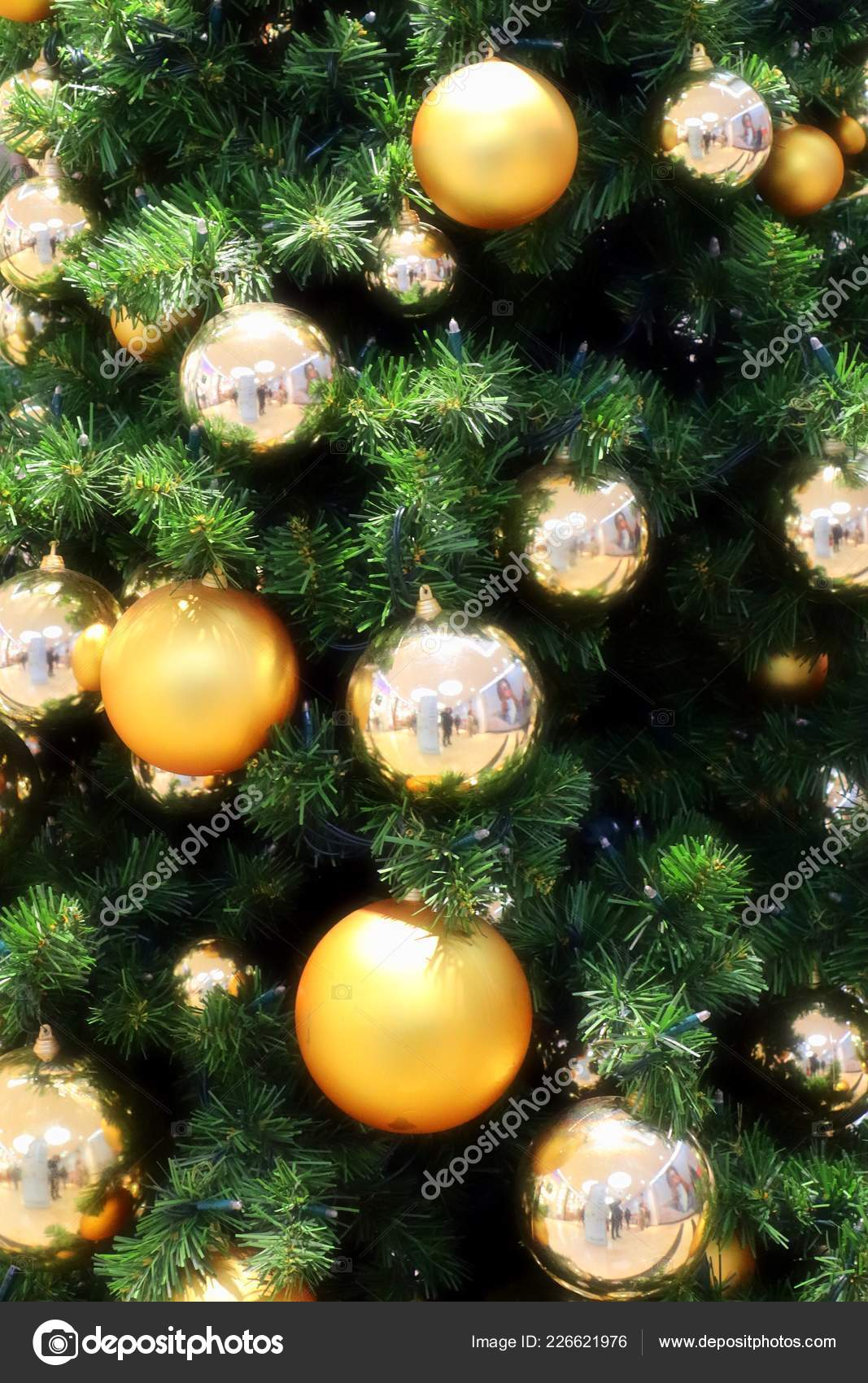 Christmas Tree Decoration Gold Silver Tones Green Tree Stock Photo Image By C Mp Foto71 226621976
