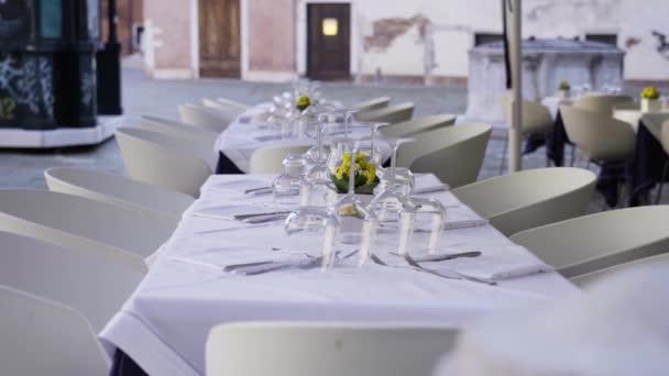 romantic restaurant in Venice, Italy