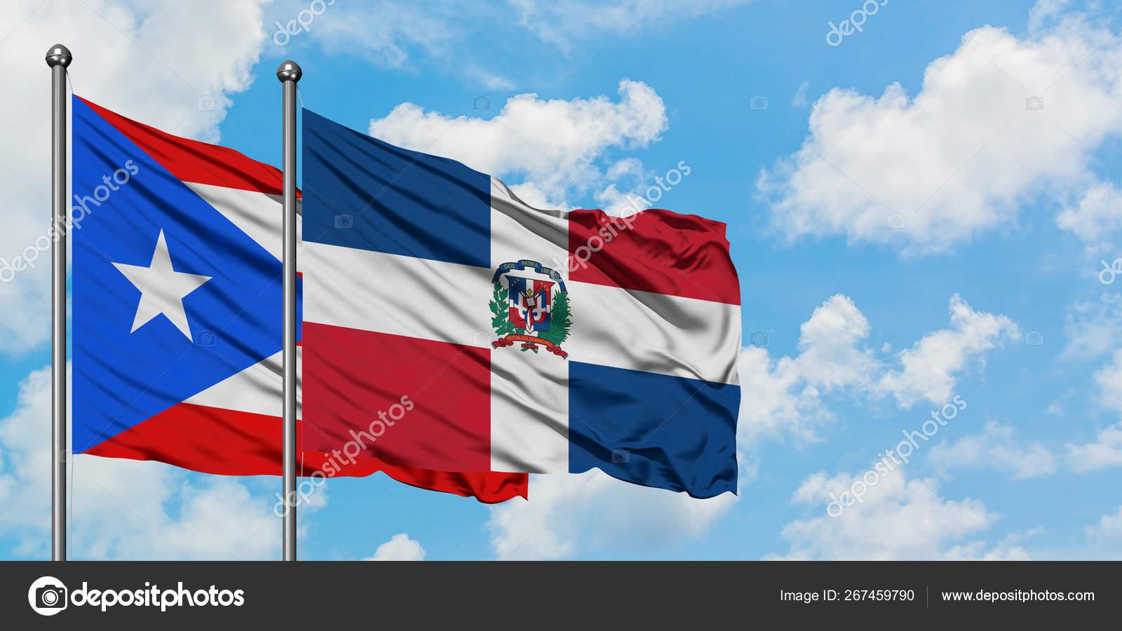 Bandera De Puerto Rico Y Republica Dominicana Ondeando En El