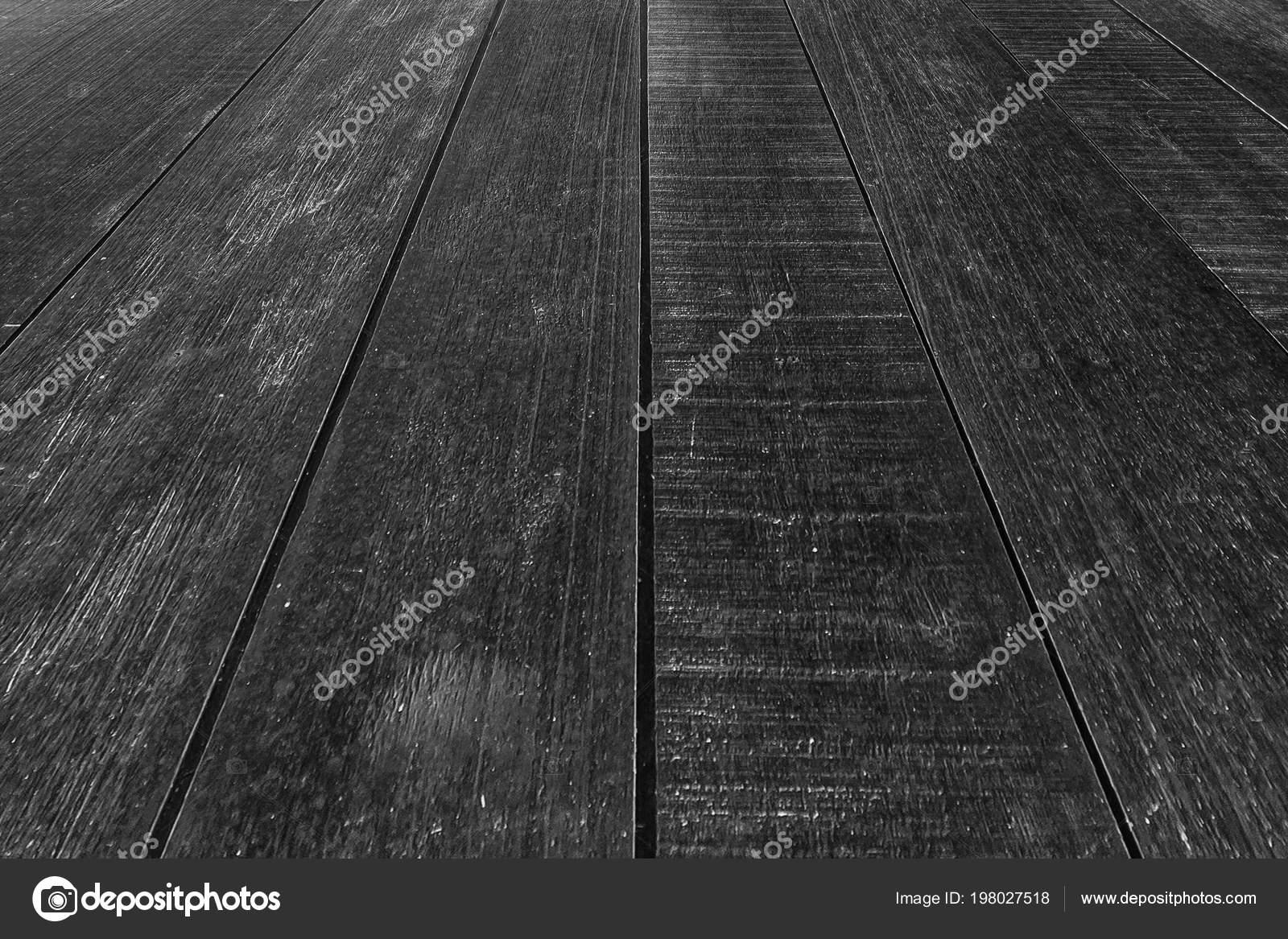 Outdoor zwart houten vloer achtergrond u stockfoto torsakarin