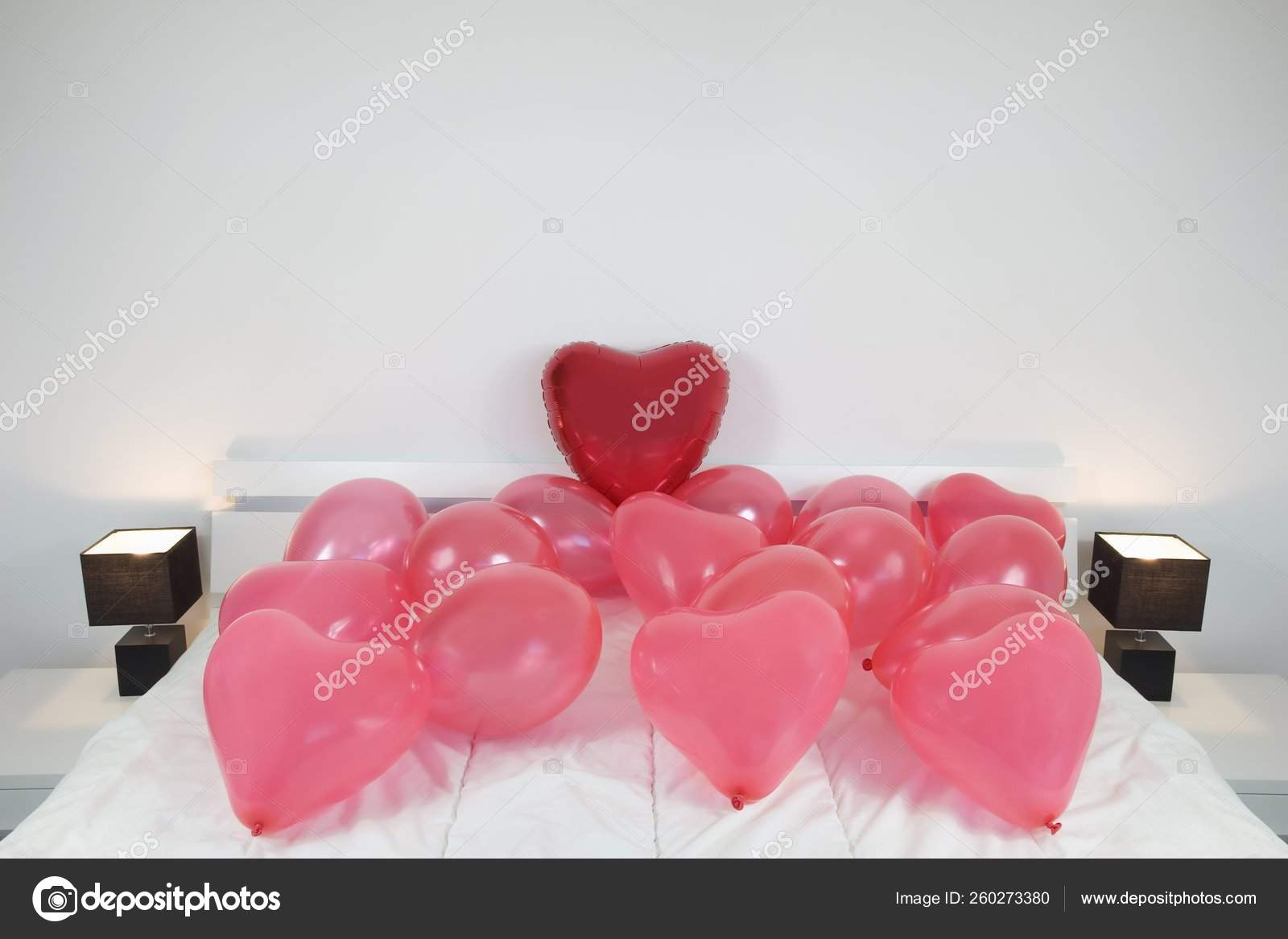 Red Love Heart Shaped Balloons King Size Bed Stock Photo Image By Yayimages 260273380