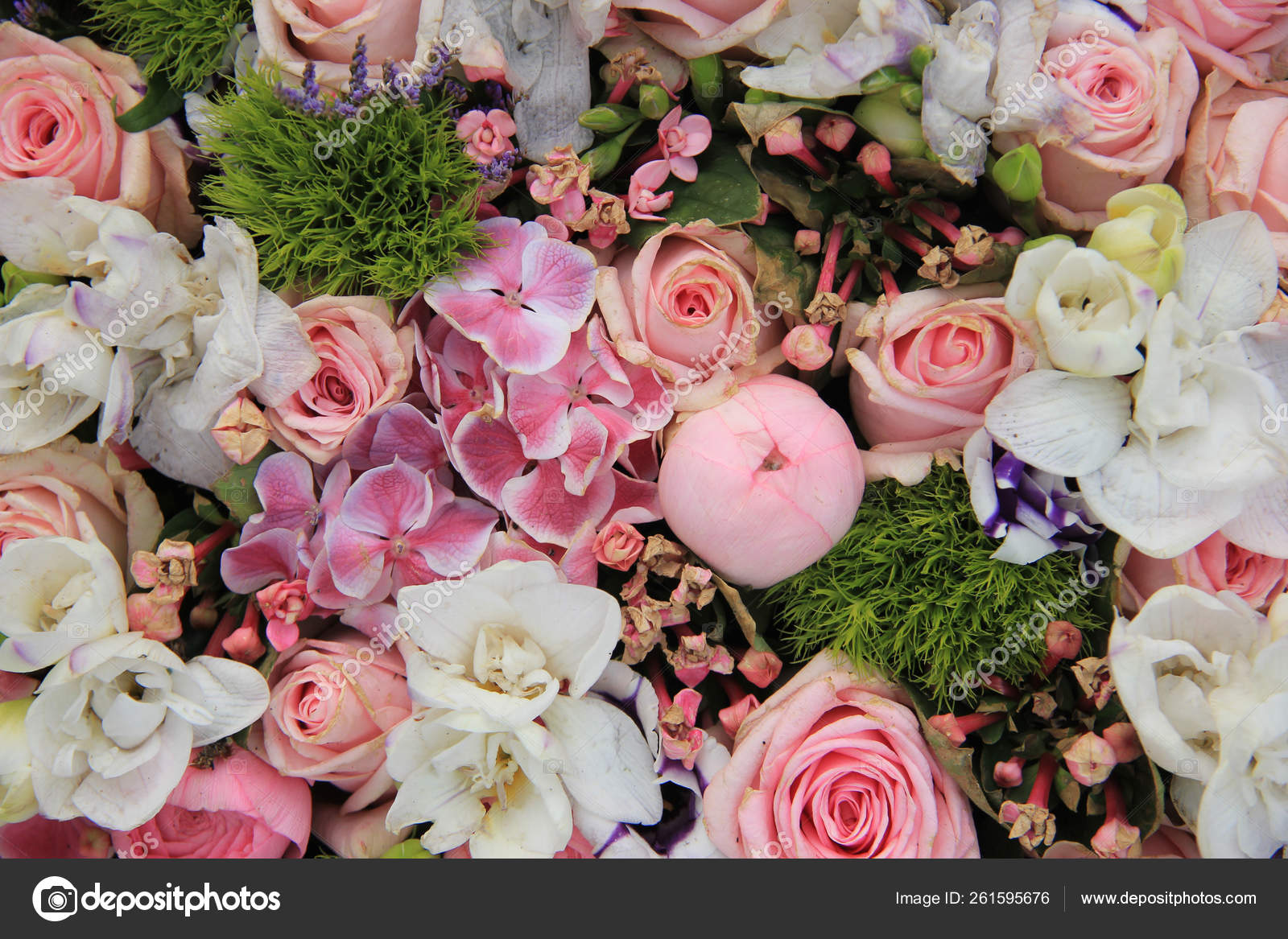 Wedding Arrangement Various Shades Pink Different Sorts Flowers Stock Photo C Yayimages 261595676