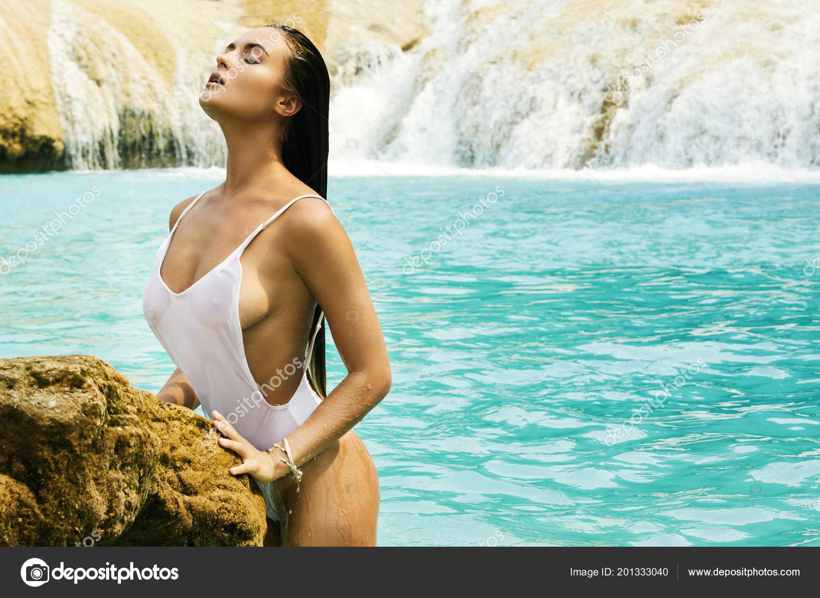 poses water Erotic in