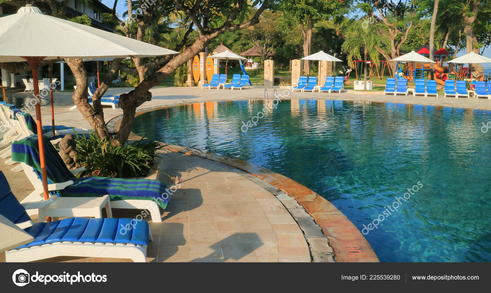 Kuta Bali Indonesia April 2017 Swimming Pool Discovery Kartika Plaza Stock Editorial Photo C Harismoyo 225539280