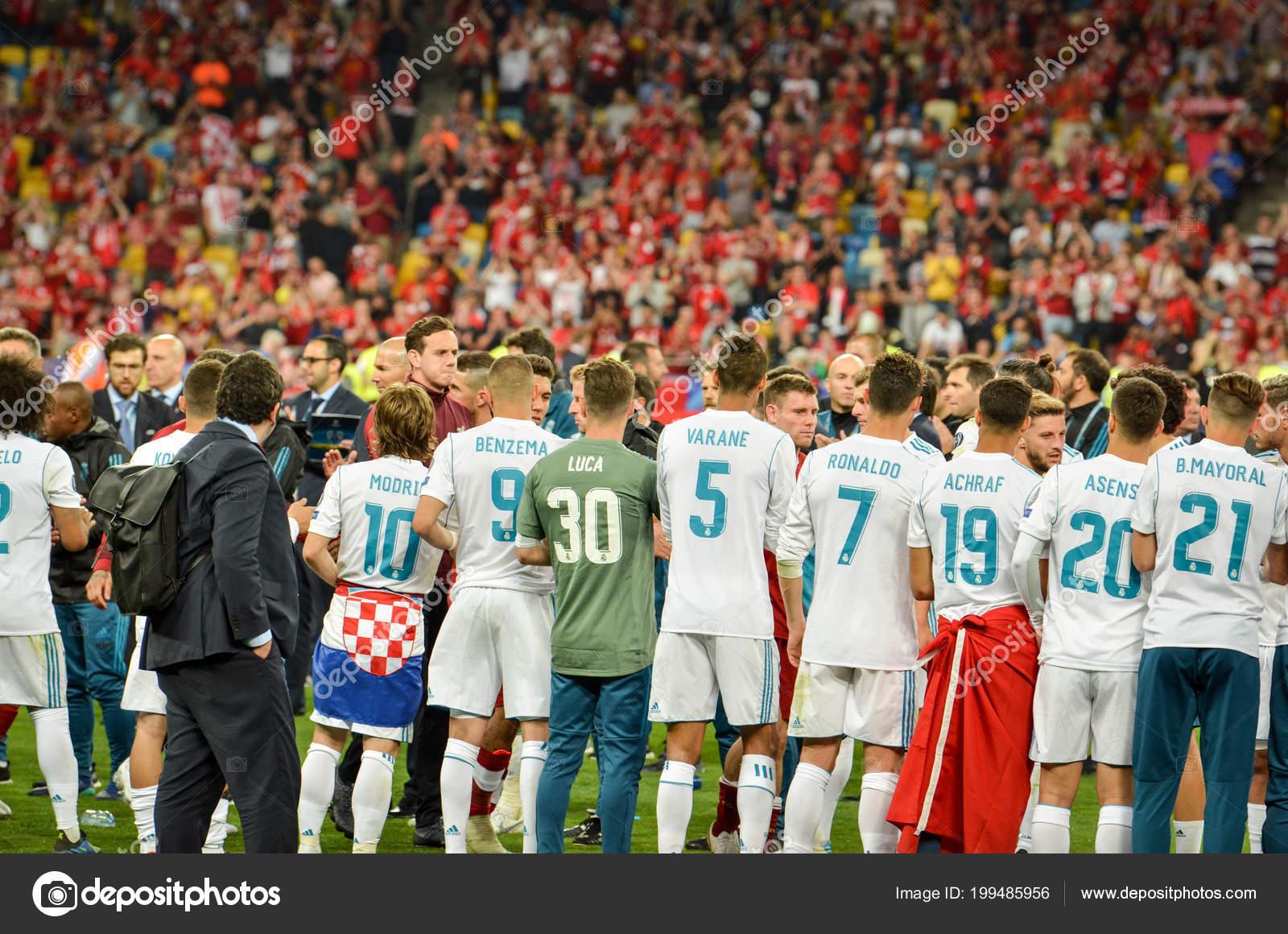 Реал мадрид футболисты фото
