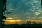 malerischer Blick ins Freie bei Sonnenaufgang