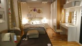 egy modern szállodai szoba belseje
