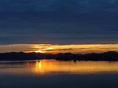 view of beautiful sunset