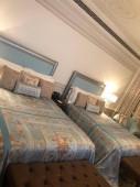 szállodai szoba belseje
