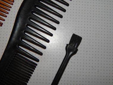 Hairdresser accessories and tools for hair cutting