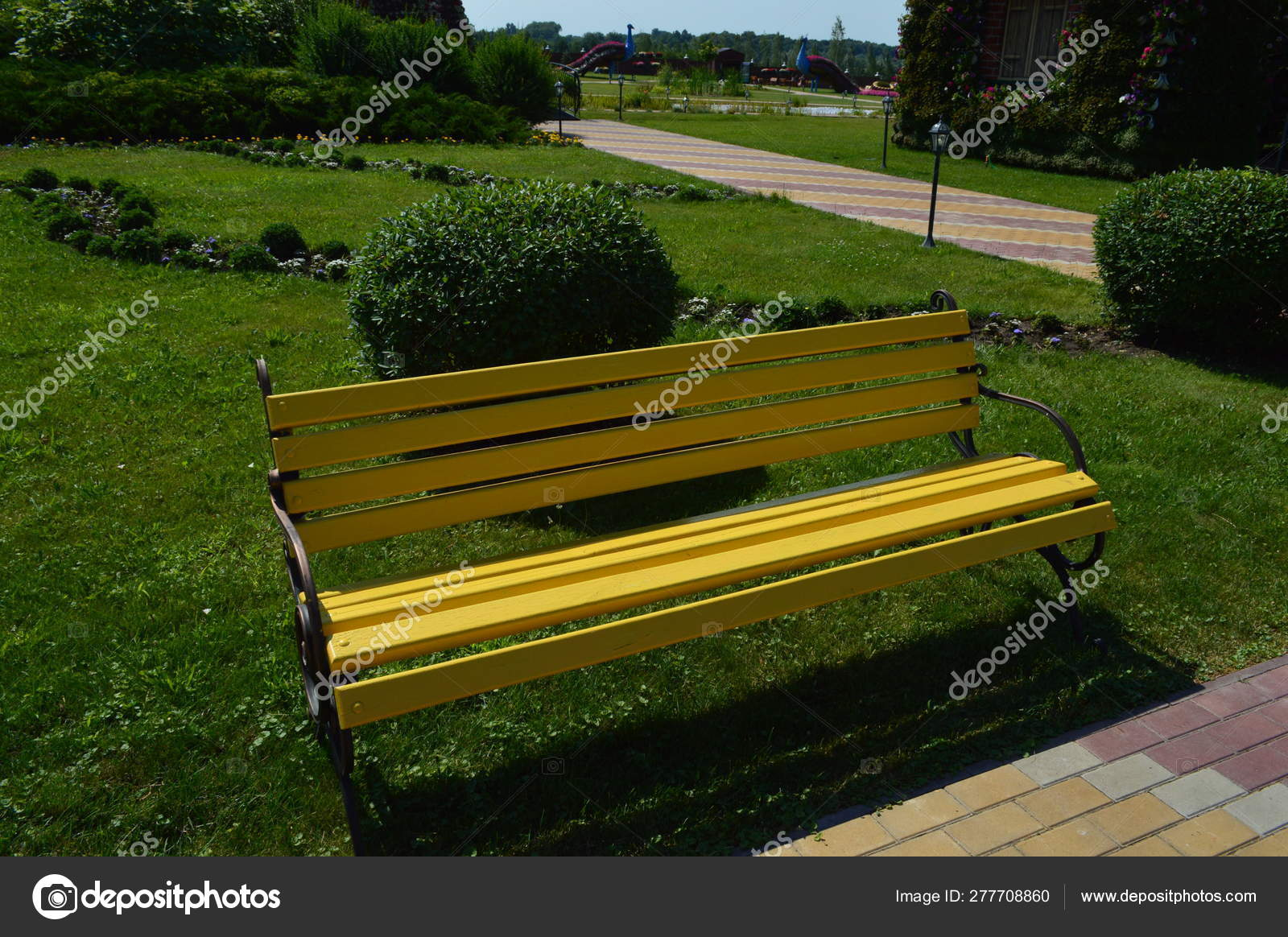 Miraculous Small Architectural Forms In The Park Benches Stock Photo Forskolin Free Trial Chair Design Images Forskolin Free Trialorg
