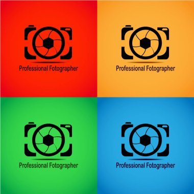 This logo has a camera. This logo is good to use as a company logo or photo studio that is engaged in photography. Or it can also be used as a brand of a camera product. Can also be used as an application logo and various other businesses as needed.