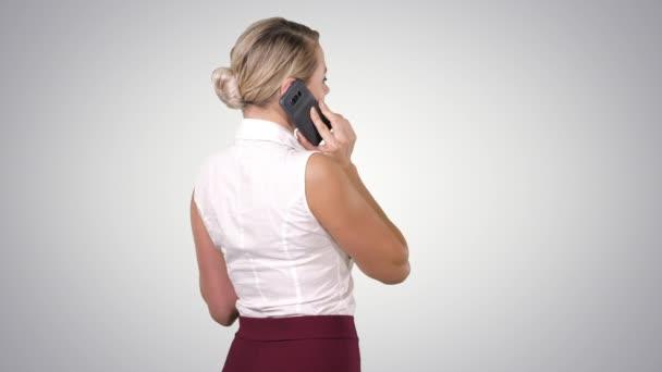 Frau am Telefon, Alpha-Kanal