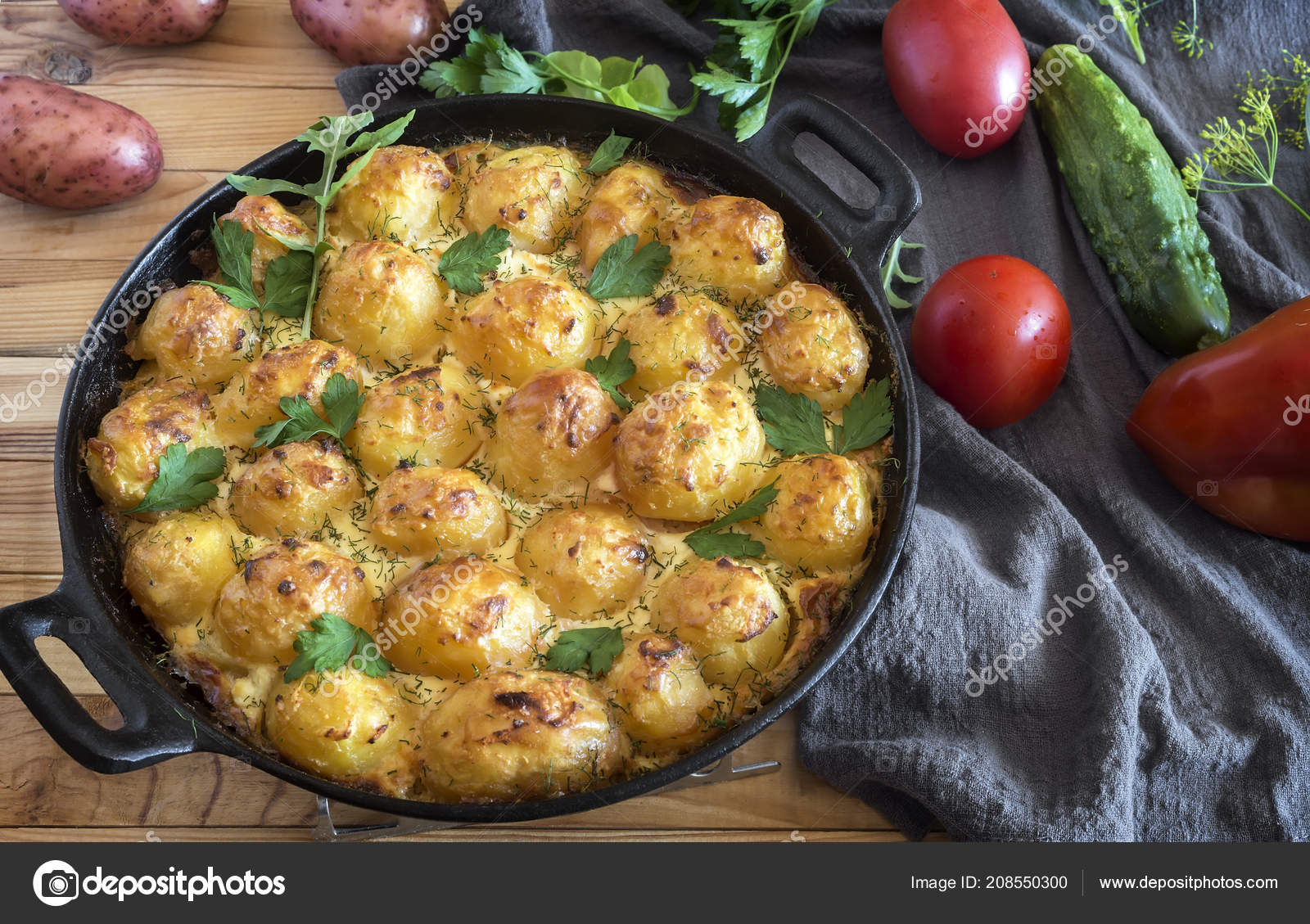 Astonishing Young Potatoes With Cottage Cheese Are Baked In The Oven Interior Design Ideas Gentotryabchikinfo