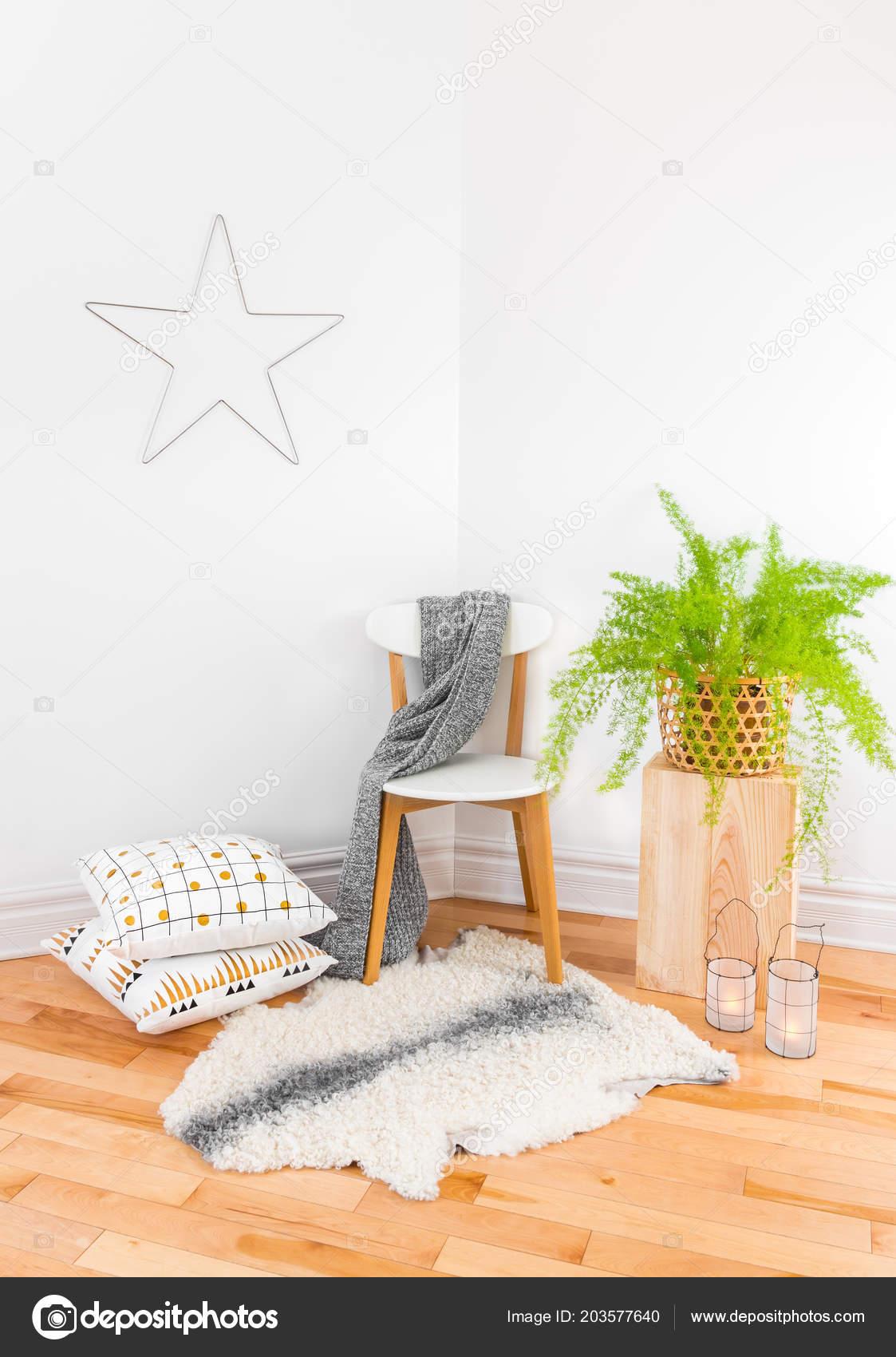 Beautiful Home Decor Cozy Textiles Green Plant Inspired Scandinavian Design  U2014 Fotografia De Stock