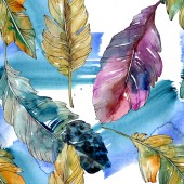Photo Colorful bird feather from wing isolated. Watercolor background illustration set. Seamless background pattern.