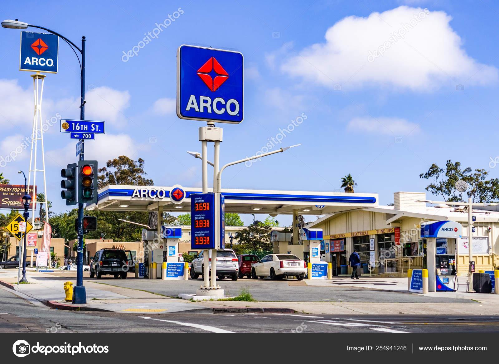 Arco Gas Station >> March 19 2019 San Diego Ca Usa Arco Gas Station