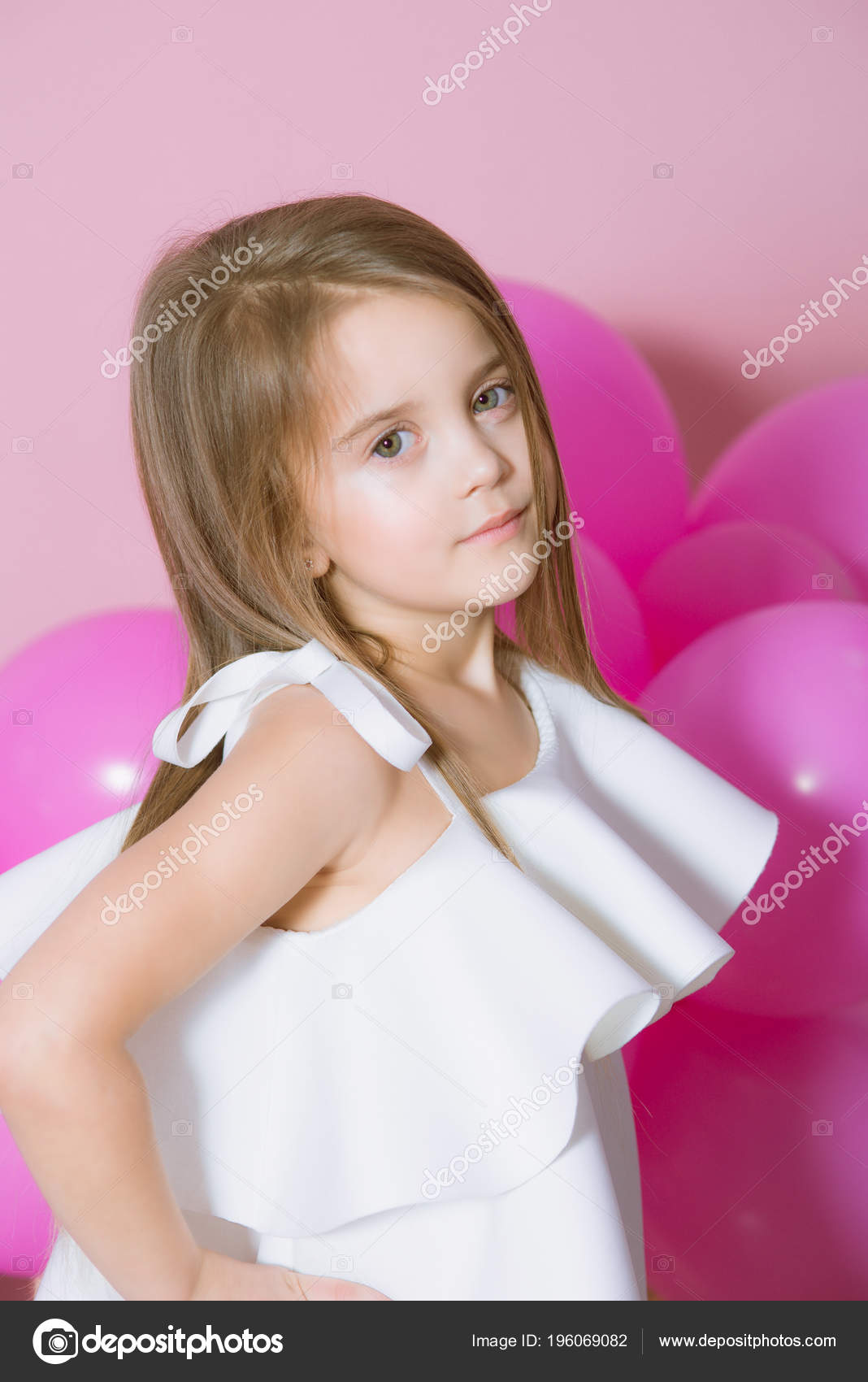 9ff7db86d Pretty Little Girl Beautiful Blonde Hair White Dress Alluring Pink ...