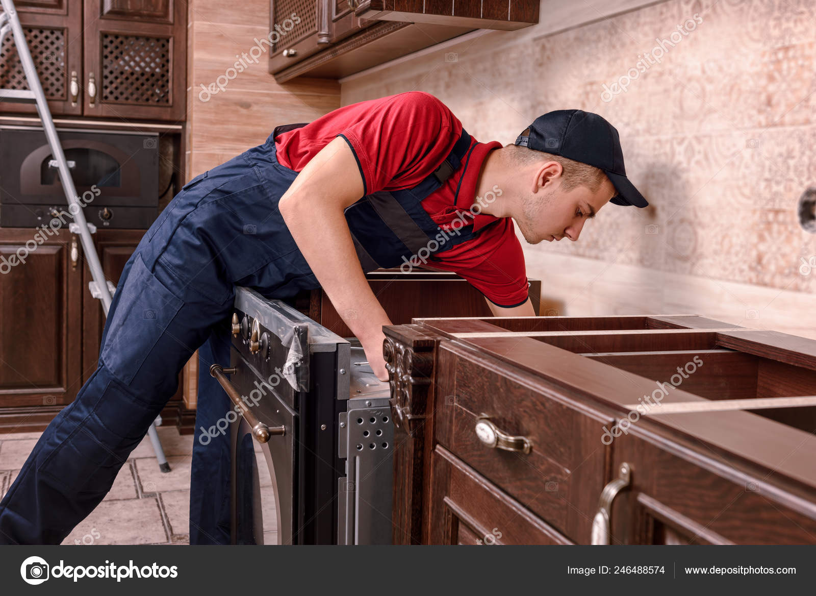 Horno Montaje Trabajador Profesional Instalación Muebles ...