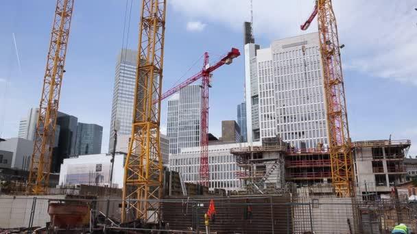Stavební práce a Panorama mrakodrapů