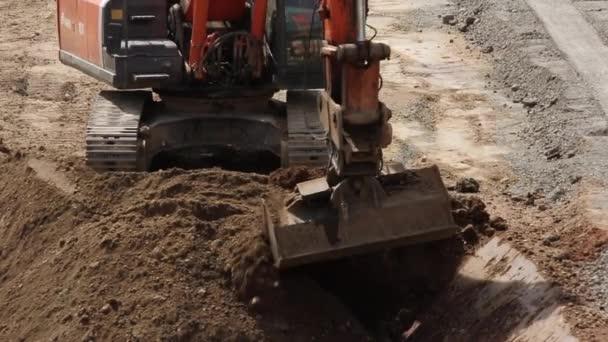 Příprava půdy pro Truck rypadlo