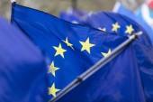 Vlajky Evropské unie flying v názorově pochod v Londýně