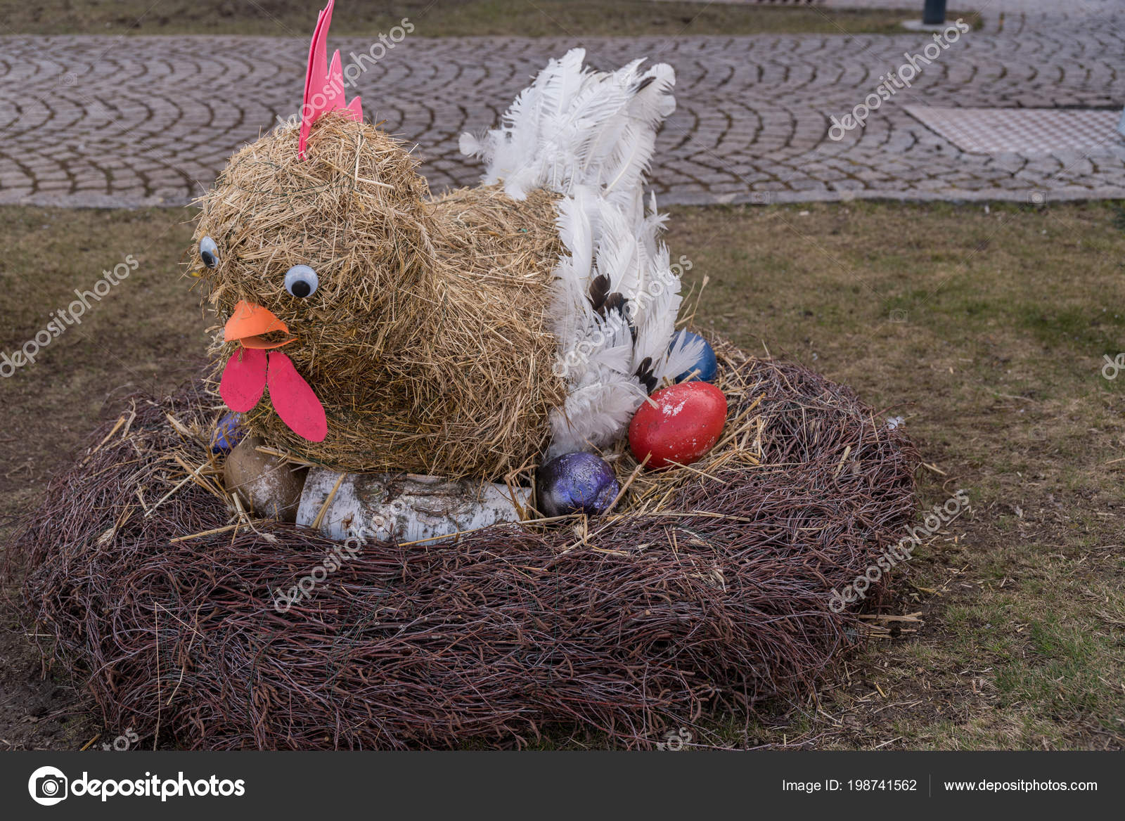 Straw Chick Hatches Colorful Easter Eggs Nest Decorative Easter