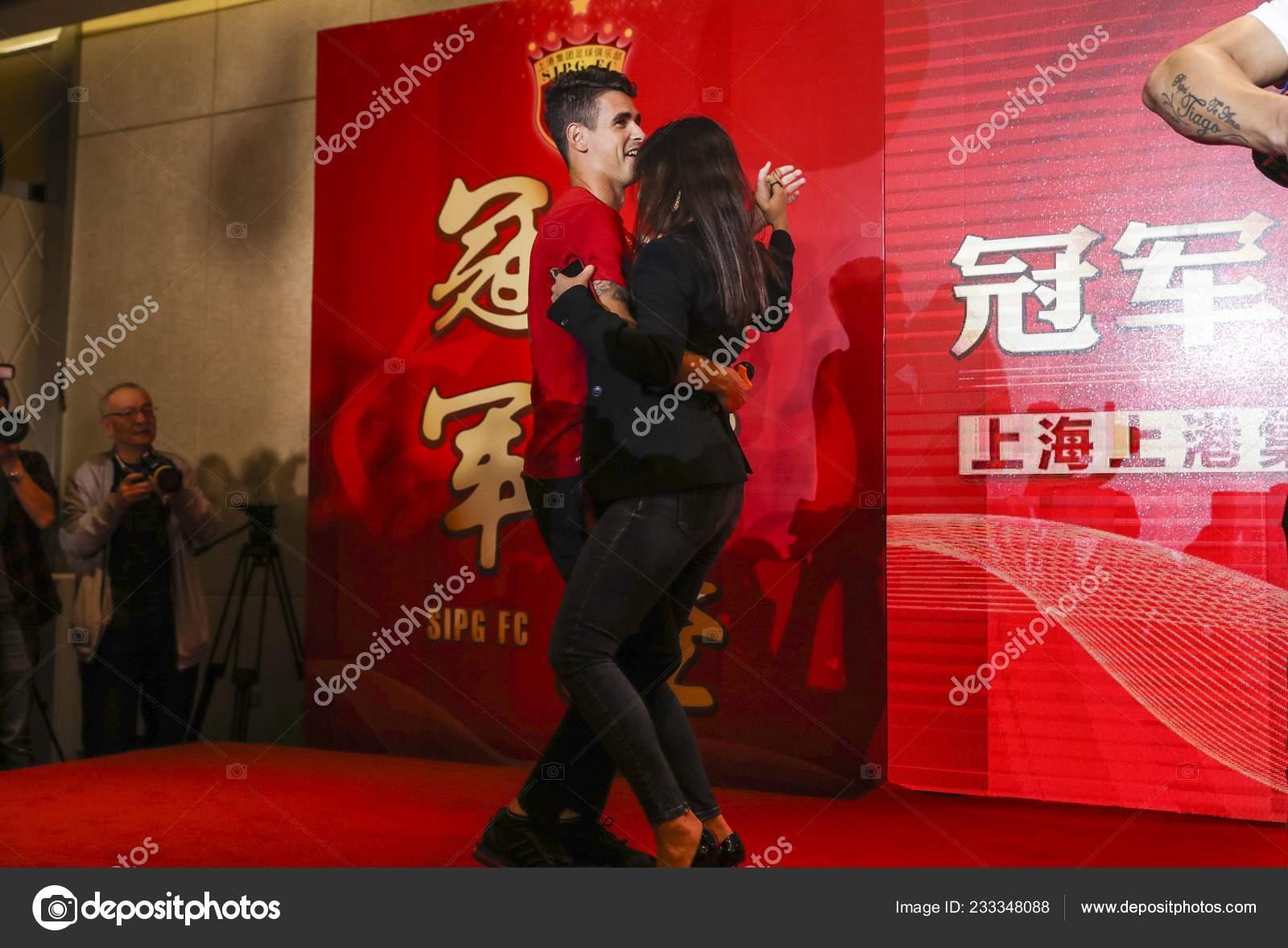Brazilian Football Player Elkeson Shanghai Sipg Dances His