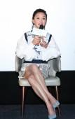 Kínai színésznő: Zhou Xun részt vesz egy sajtótájékoztatón, az új film Utolsó levelet Sanghaj, Kína, 2018. November 8..