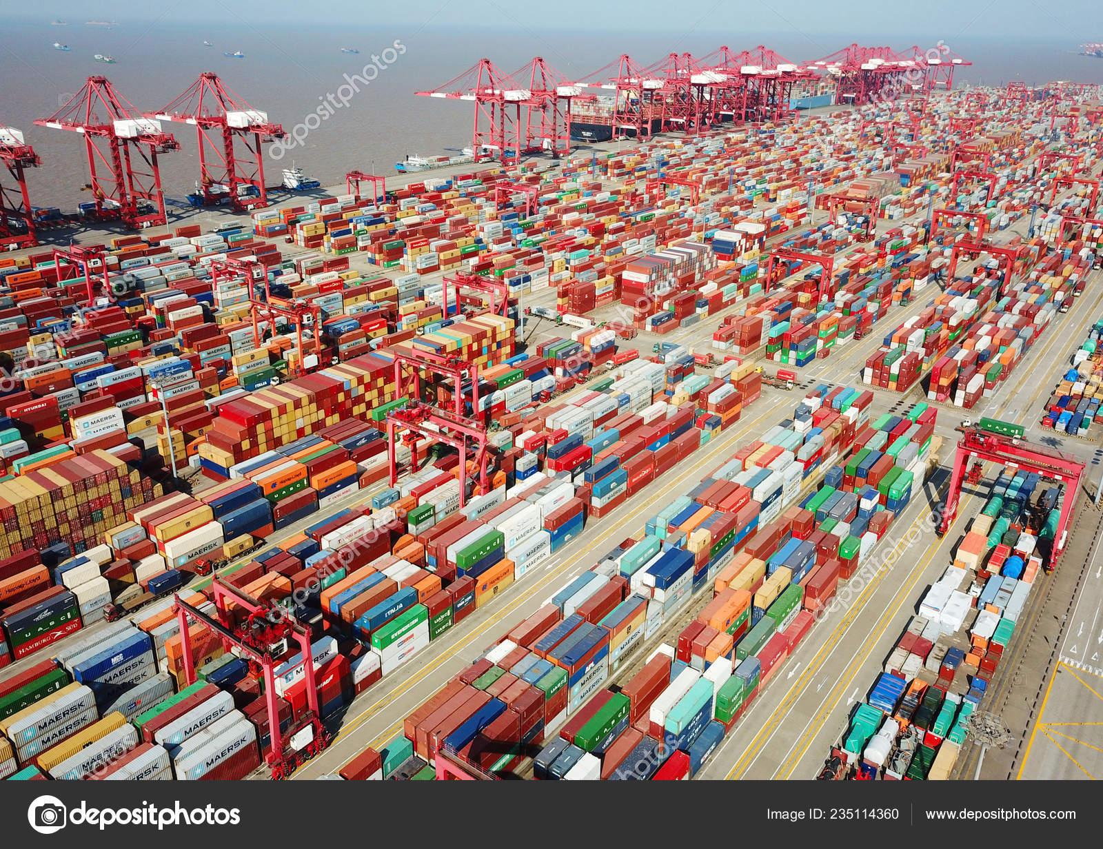 Una Vista Aérea Contenedores Cuarta Fase Del Puerto Yangshan Deep ...