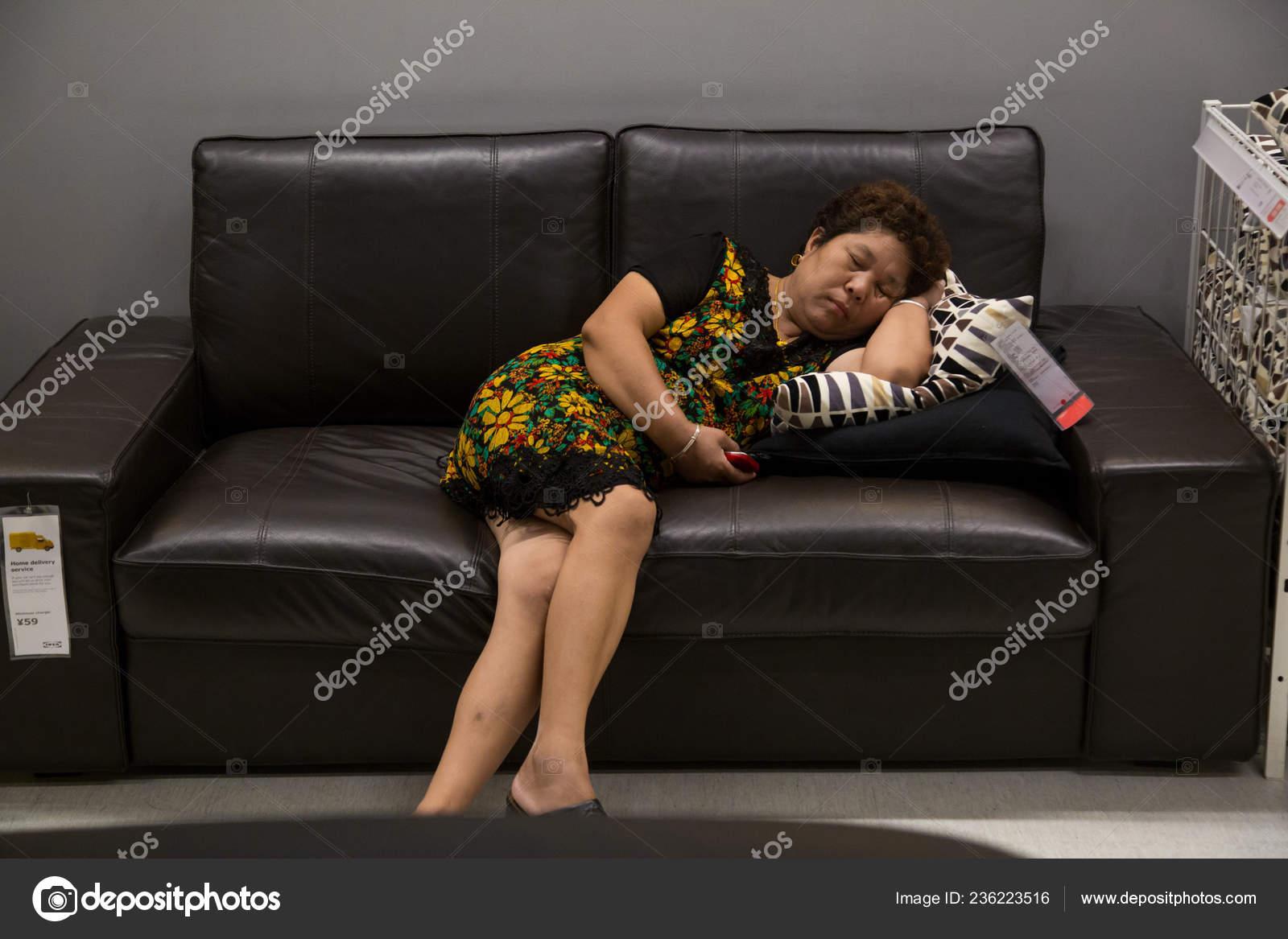 диван показалось прикольные картинки фото