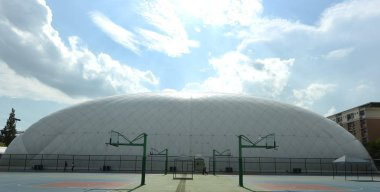 View of the domed smog-free indoor stadium at Zhejiang University in Hangzhou city, east China's Zhejiang province, 17 August 2017
