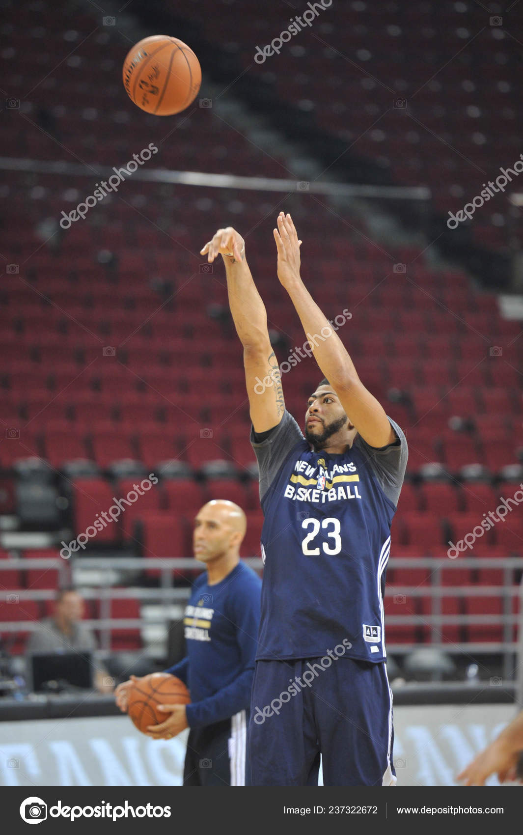 Anthony Davis New Orleans Pelicans Takes Part Training