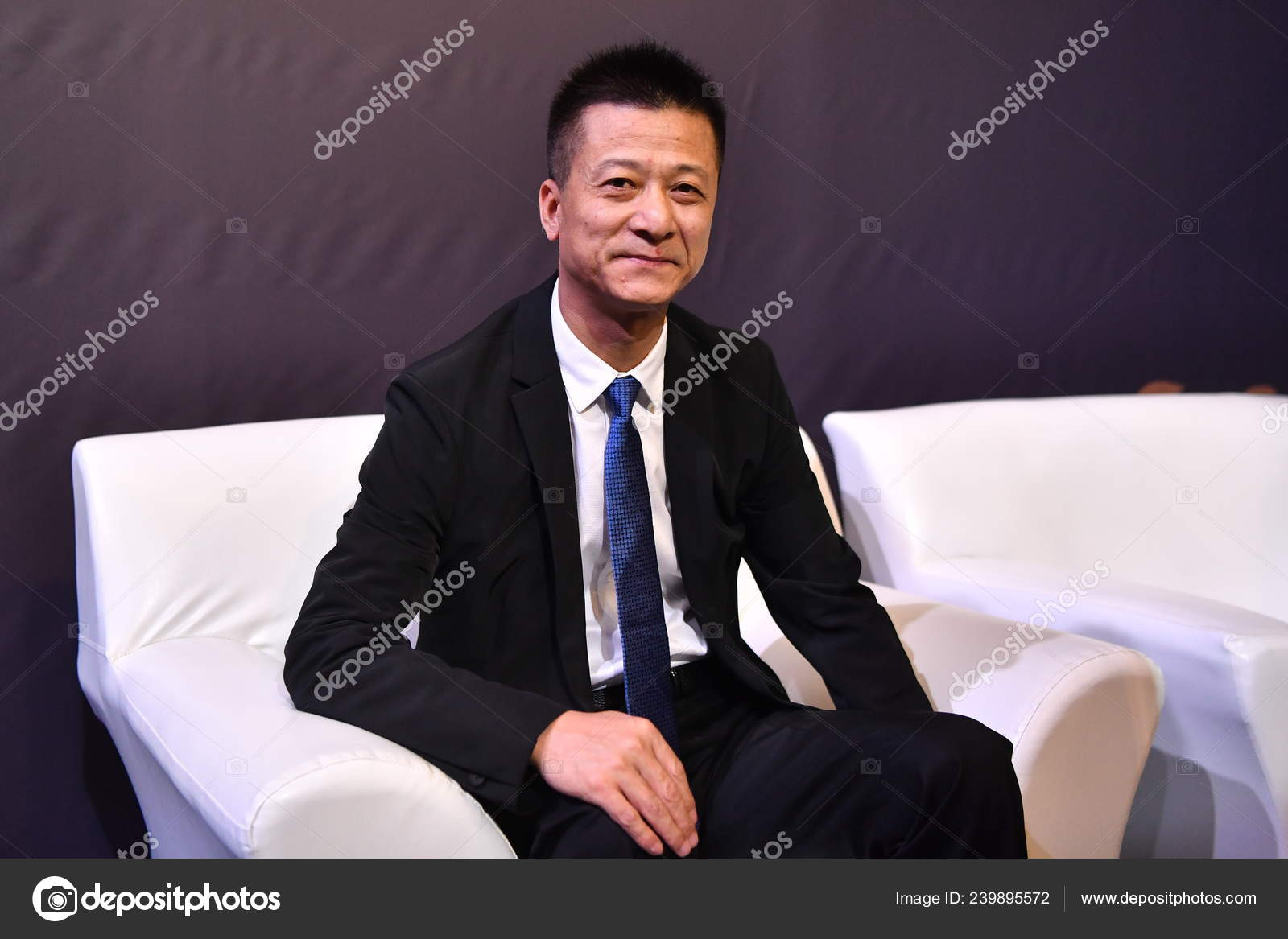 ca5436d13 Shu Yuhui Founder Chairman Quanjian Group Attends Award Ceremony ...