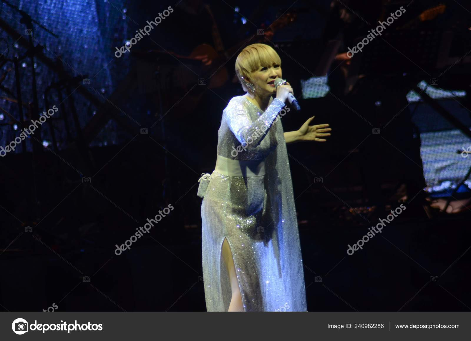 Hong Kong Singer Priscilla Chan Performs Concert Mark 30Th