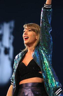 American singer Taylor Swift performs at her '1989' World Tour concert in Shanghai, China, 10 November 2015.