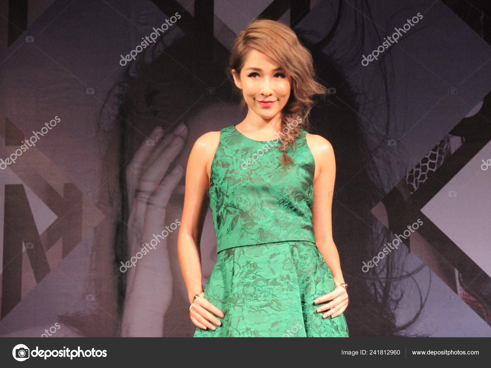 Taiwanese Singer Elva Hsiao Poses Press Conference Her New Album Stock Editorial Photo C Chinaimages 241812960