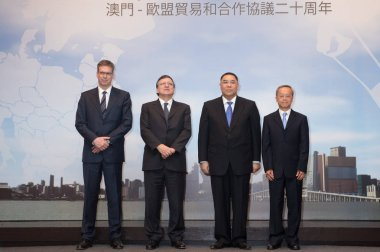 Jose Manuel Durao Barroso, second left, current President of the European Commission, and Fernando Chui Sai On, second right, current Chief Executive of Macau, pose during the 20th Anniversary of EU-Macau Trade and Cooperation Agreement in Macau, Chi