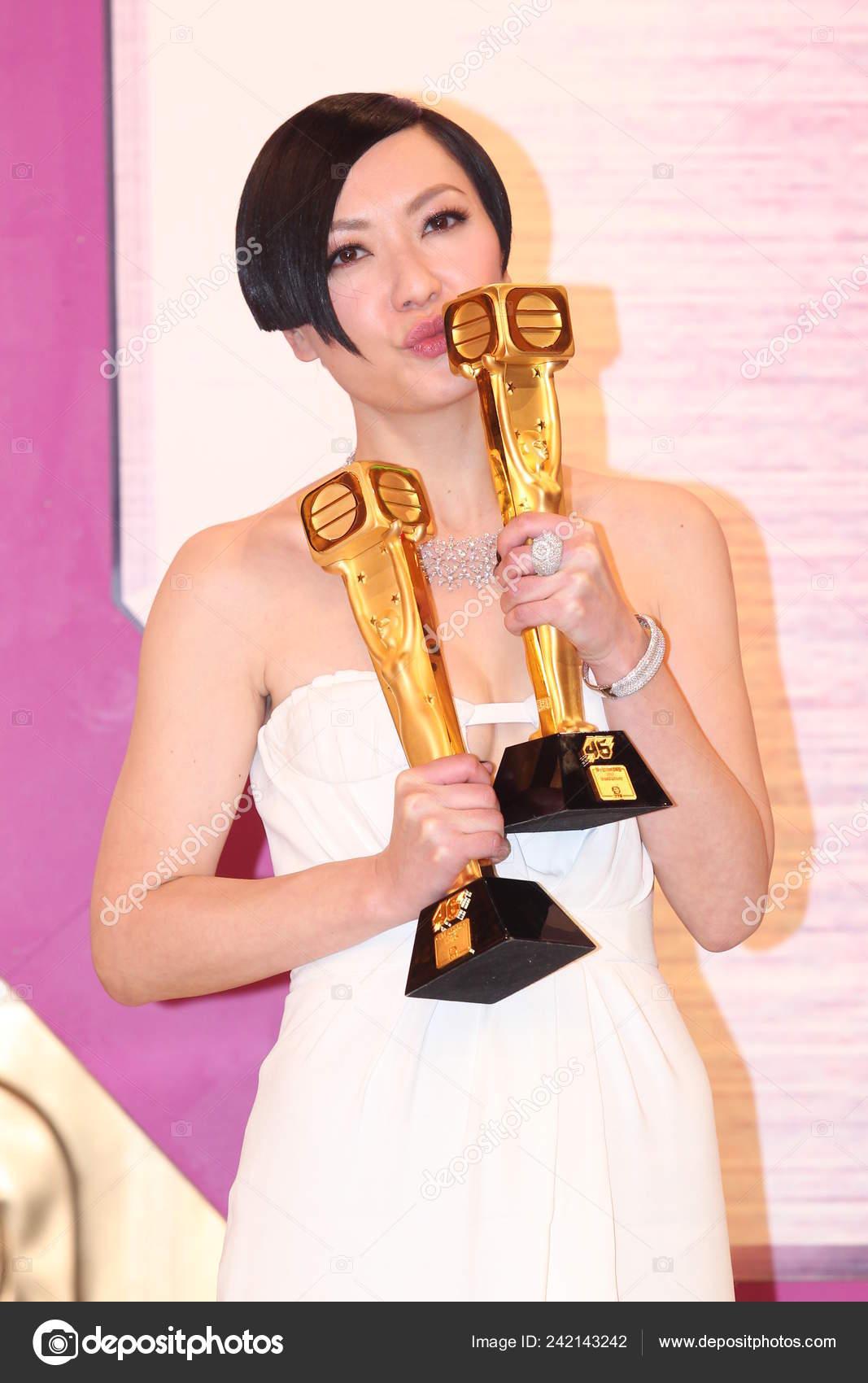Hong kong actress charmaine sheh smiles press conference tvb 2013.