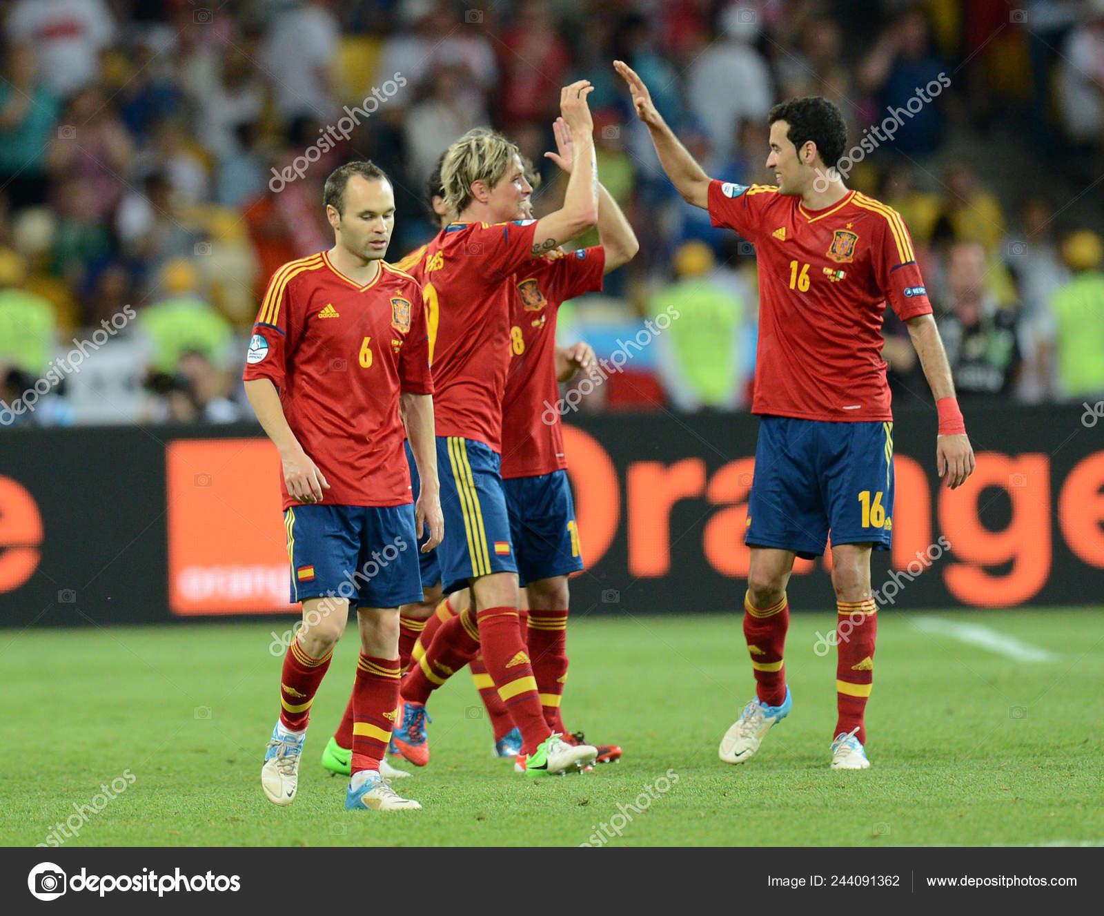 Игра испания украина футбол