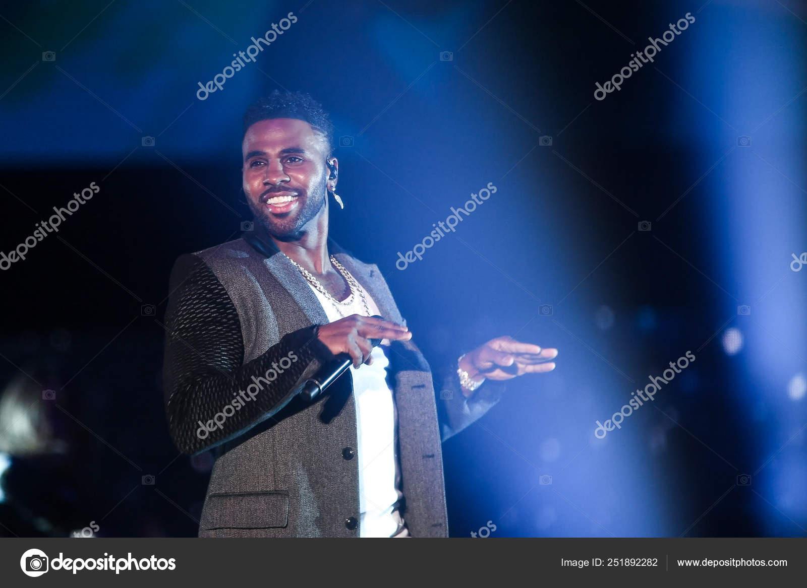 American Singer Songwriter Dancer Jason Derulo Performs Draw