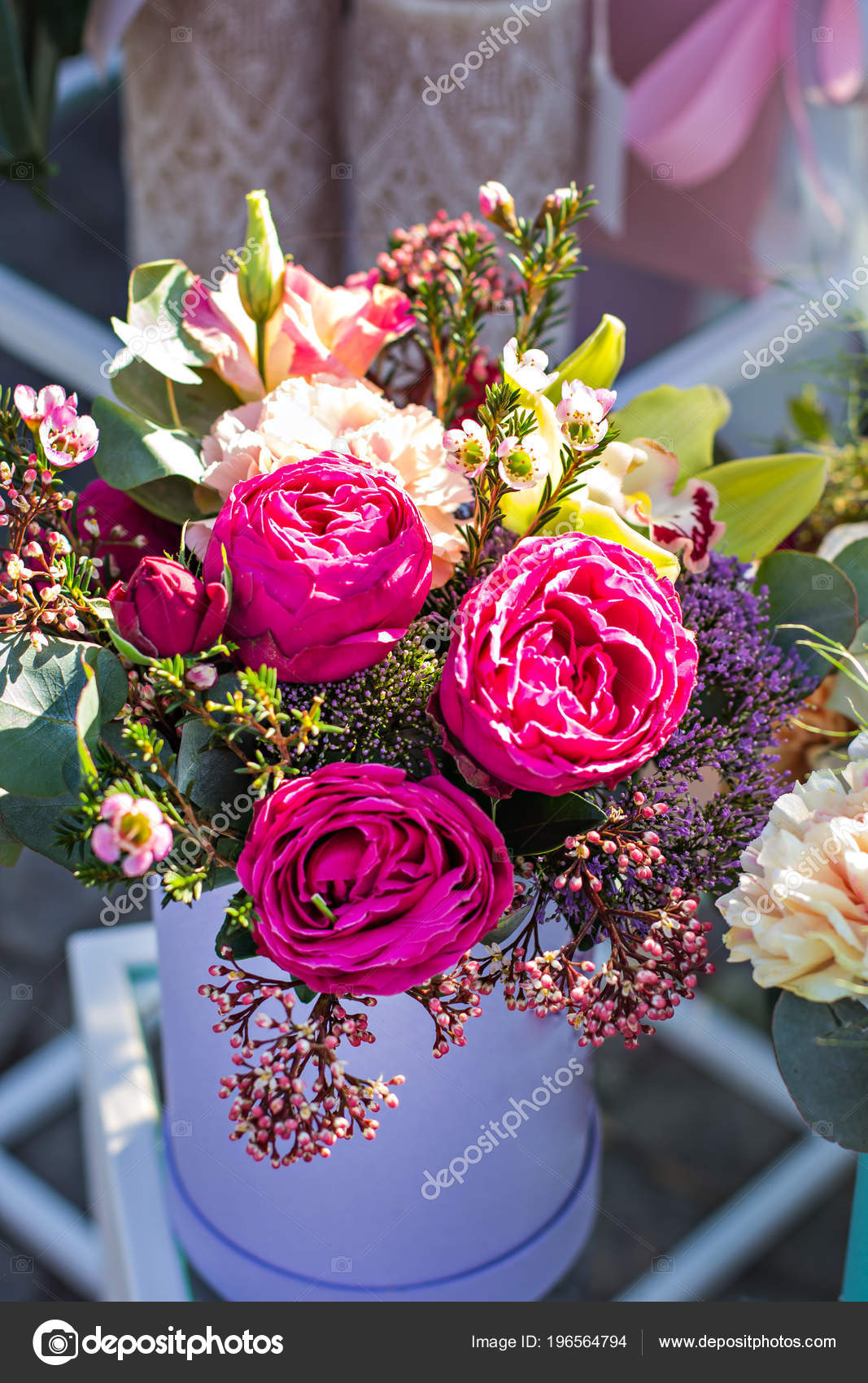 Beautiful bouquets flowers market showcase flowers sale flowers beautiful bouquets of flowers on the market showcase with flowers sale of flowers flower shop a bouquet of roses peonies beautiful flowers izmirmasajfo