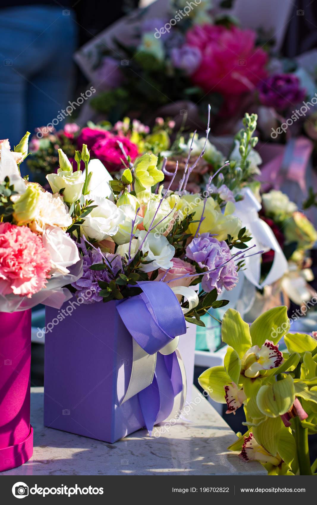 Beautiful Bouquets Flowers Market Showcase Flowers Sale Flowers ...