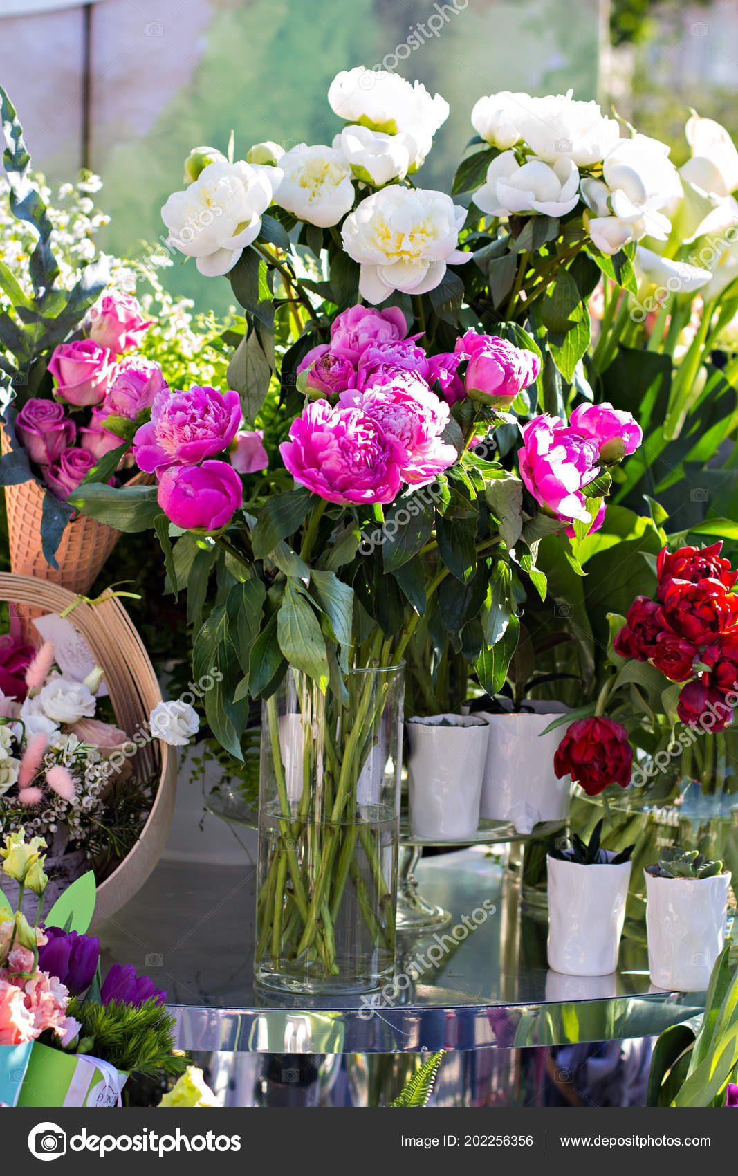 Beautiful Bouquets Flowers Market Showcase Flowers Sale Flowers