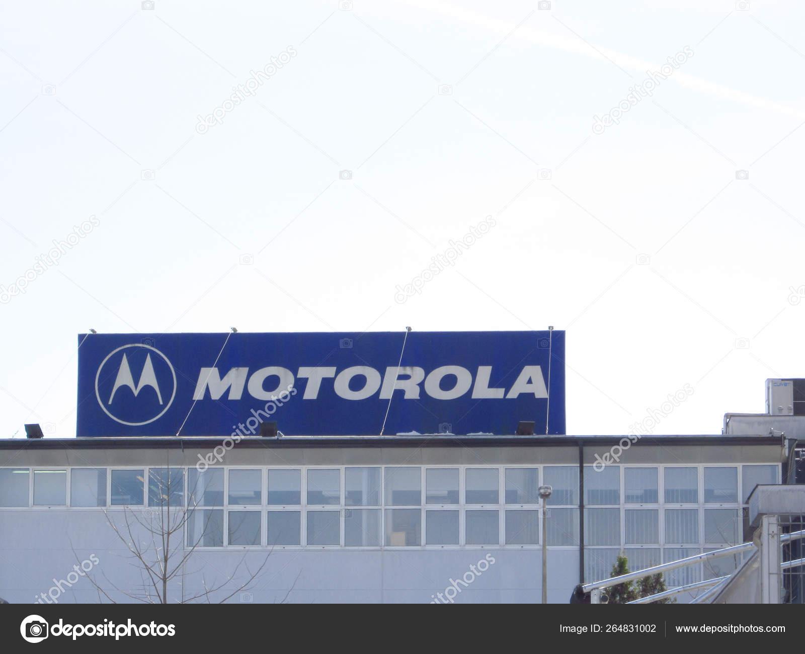 Motorola sign on a building – Стоковое редакционное фото