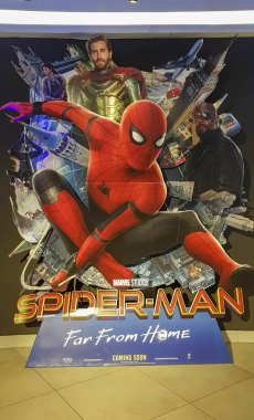 Spider-man Far From Home movie poster, This movie featuring Spiderman versus Mysterio
