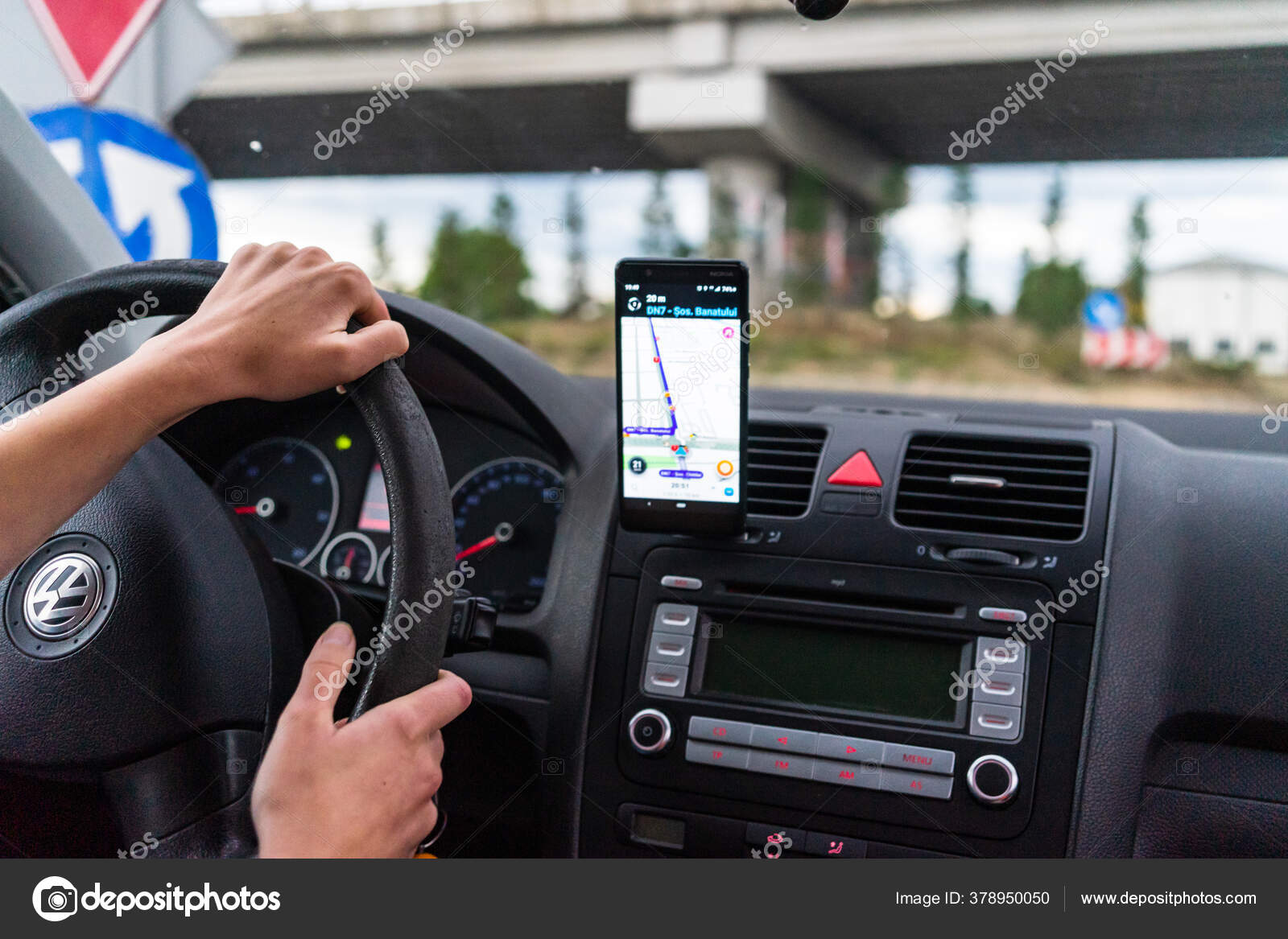 Driving Using Waze Maps Application Smartphone Car Dashboard Driver Using Stock Editorial Photo C Contact Vladispas Ro 378950050