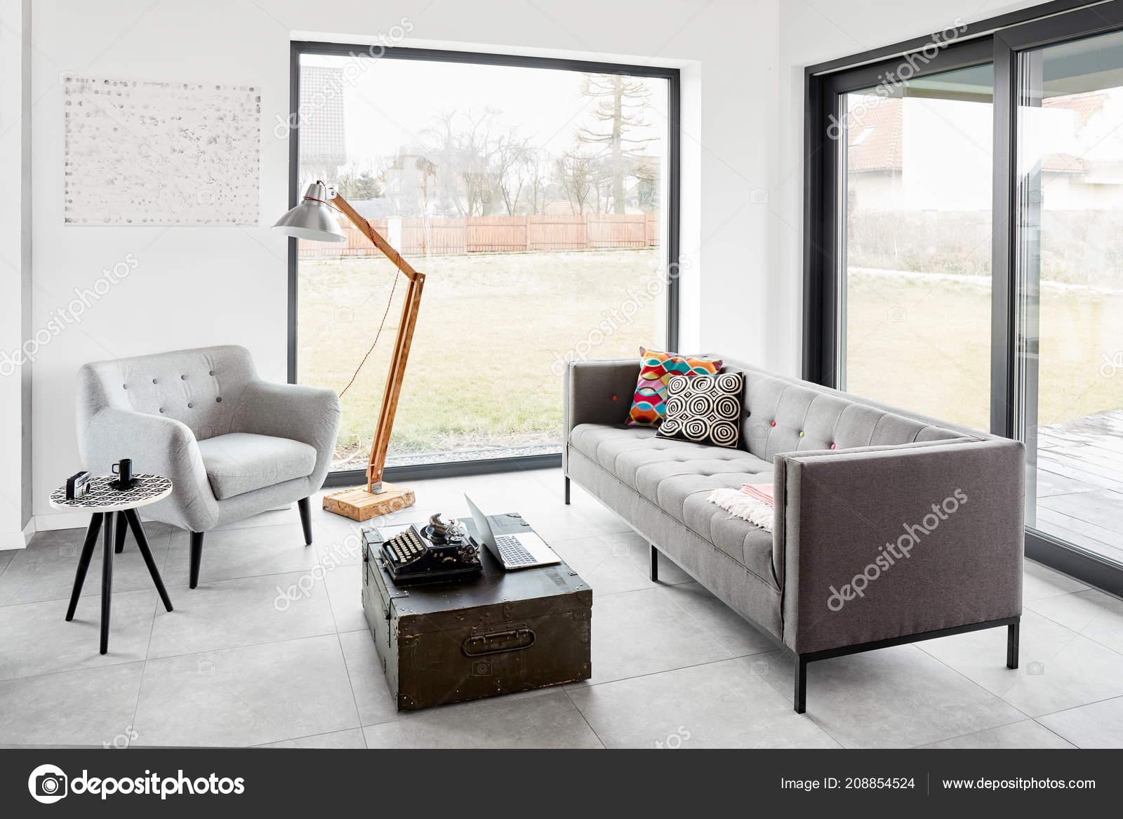 Moderne Wohnzimmer Skandinavischen Stil — Stockfoto ...