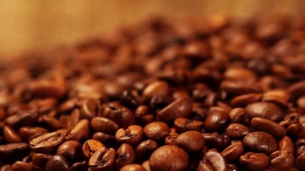 Video von gerösteten Kaffeebohnen